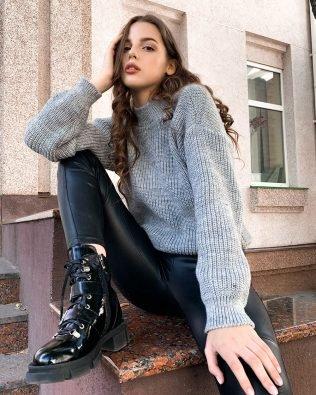 Серый свитер крупная вязка оверсайз женский