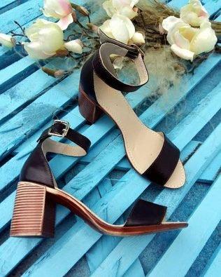 Коричневые босоножки на среднем удобном каблуке кожа натуральная