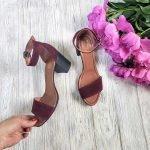 Бордовые замшевые босоножки на среднем удобном каблуке