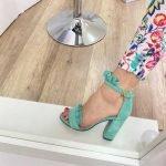 Мятные босоножки рюшики каблук высокий и толстый 9 см