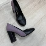 Туфли сиренево-черные на высоком и толстом каблуке кожаные