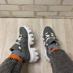 Женские кроссовки молодежные серого цвета из натуральной кожи