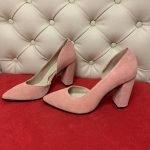 Туфли цвета пудры на высоком толстом каблуке ручная работа