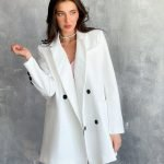 Белый пиджак женский, оверсайз хорошего качества