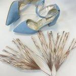 Голубые женские босоножки на каблуке 6 см с острым носком из натуральной замши