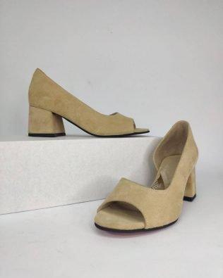 Песочные туфли из натуральной замши средний каблук