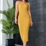 Горчичное платье миди обтягивающее вязаное летнее из хлопка