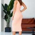 Персиковое платье миди обтягивающее вязаное летнее из хлопка