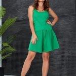 Костюм с шортами и майкой женский летний зеленого цвета