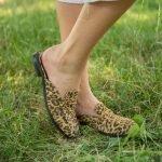 Мюли на плоской подошве под леопард женские замшевые