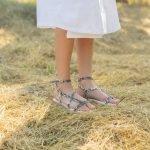 Женские сандалии через пальчик в греческом стиле натуральная кожа с принтом черный питон