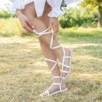 Белые вьетнамки в греческом стиле на шнуровке из натуральной кожи