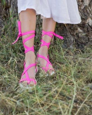 Малиновые вьетнамки на шнуровке из натуральной кожи- фуксия