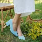 Туфли женские на удобном каблуке голубые из натуральной замши