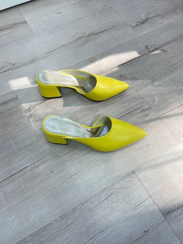 остроносые мюли кожаные желтого цвета на удобном каблуке купить