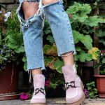 купить женские ботинки с пряжкой цвета пудра
