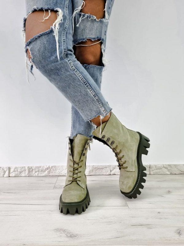 Замшевые грубые ботинки цвета хаки купить