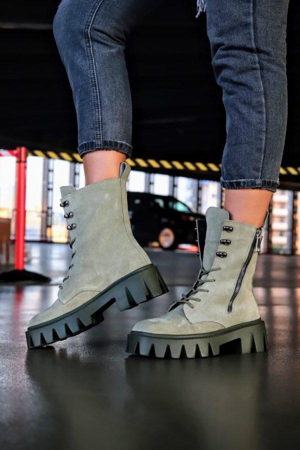 Ботинки с толстой рифленной подошвой купить