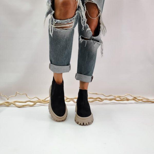 Замшевые женские челси с массивной подошвой