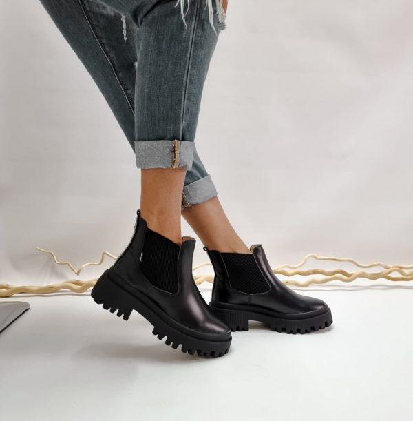 Купить черные кожаные ботинки челси с массивной подошвой
