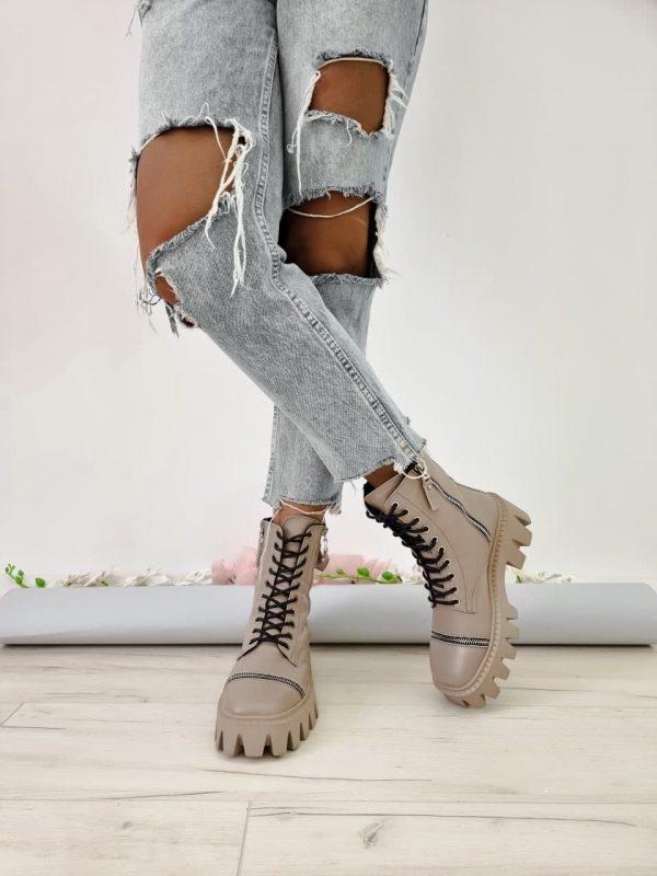 Бежевые массивные ботинки женские купить кожа