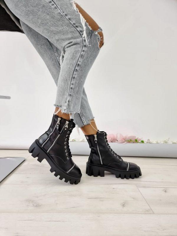 Ботинки черные грубая подошва украшеные молниями купить