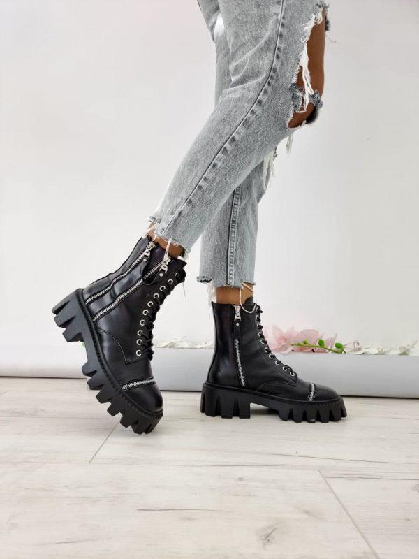 Ботинки на грубой подошве кожаные женские купить с деккоративными молниями