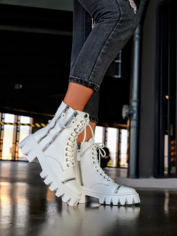 крутые ботинки женские на грубой подошве белого цвета из кожи купить