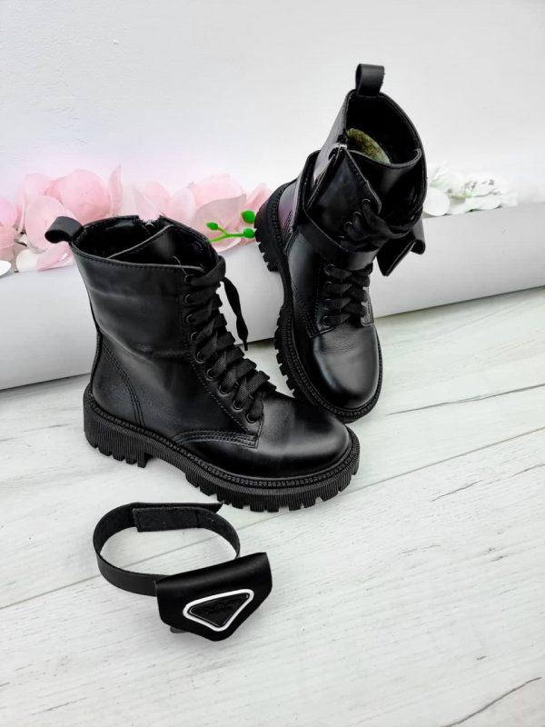 Ботинки с кошельками по бокам купить черные