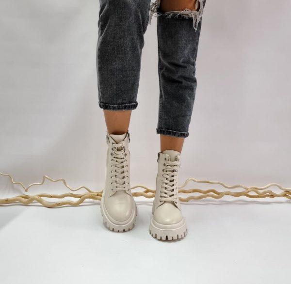 Ботинки молодежные бежевые массивный дизайниз натуральной кожи купить